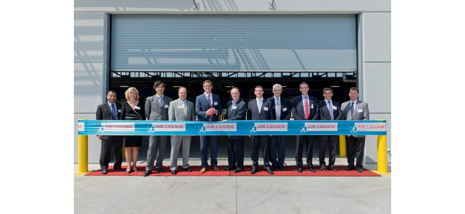 Air Liquide held a ribbon-cutting ceremony for two packaged gas facilities in La Porte and Pasadena, Texas. (Air Liquide)